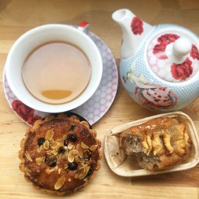 Tea time Jo and Nana Cakes